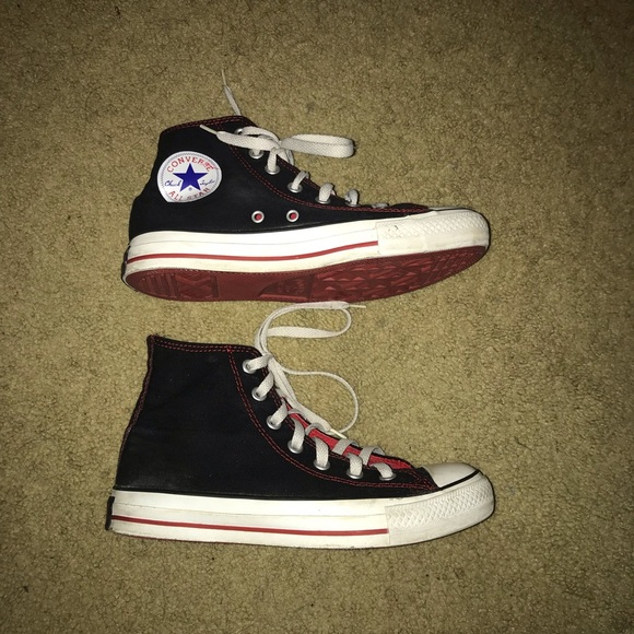 b0673471a8244 vintage black and red converse high tops